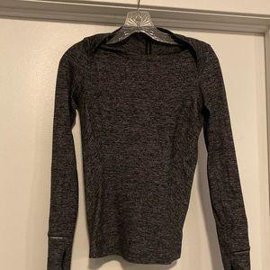 Lululemon long sleeve pullover